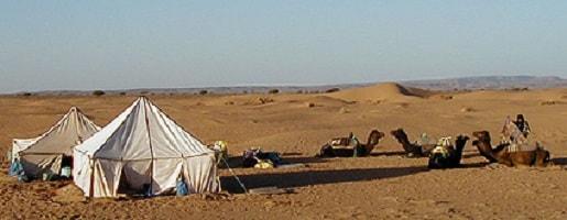 L'hôtel Zagour en bordure du désert du Sahara