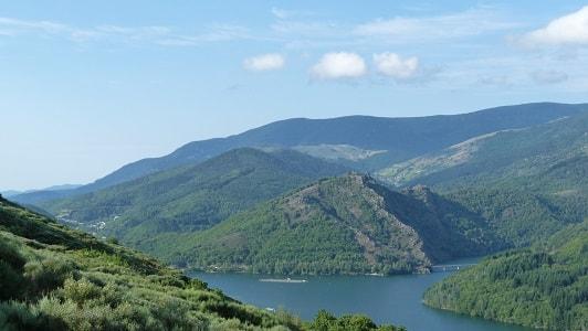 Lac de Villefort en Lozère