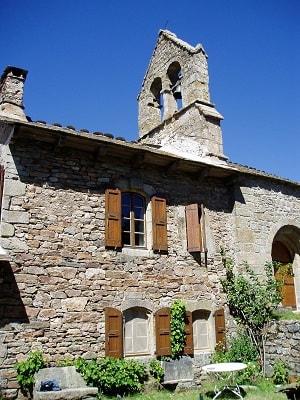 L'église romane de Puylaurent en Lozère